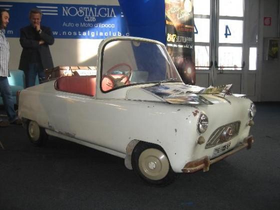kleines Auto @ Padua 2006