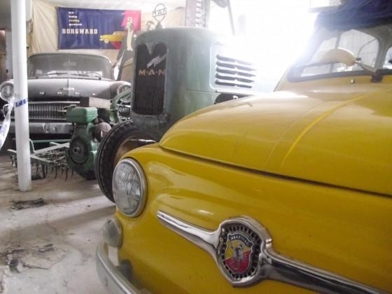 Auto und Technik Museum in PLZ 32469 Neuenknick