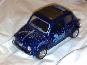 Blu Scuro Modell Baci