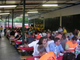 Tourabschluss-Essen in Garlenda