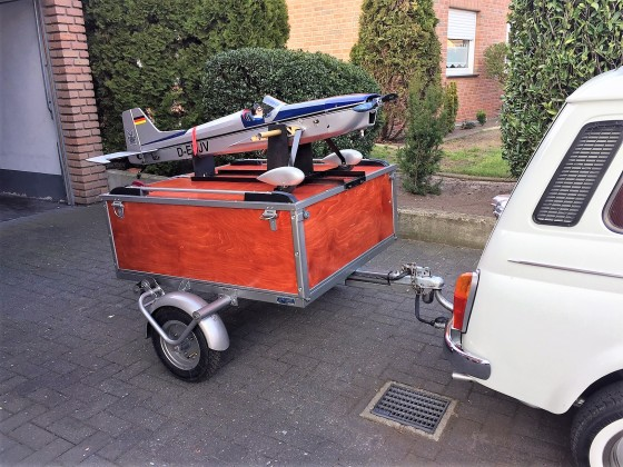 Fiat Giardiniera Anhänger Flugzeug 20